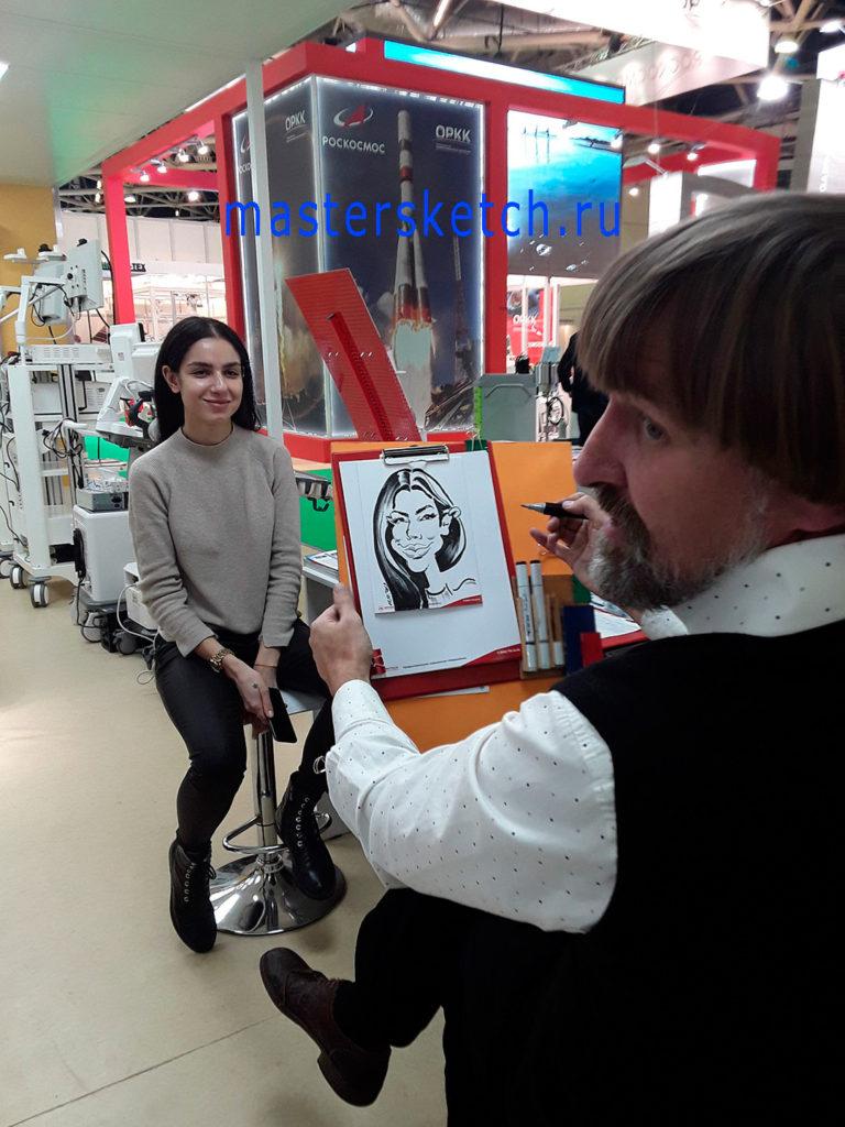 Шаржист на выставке — шаржи фломастером